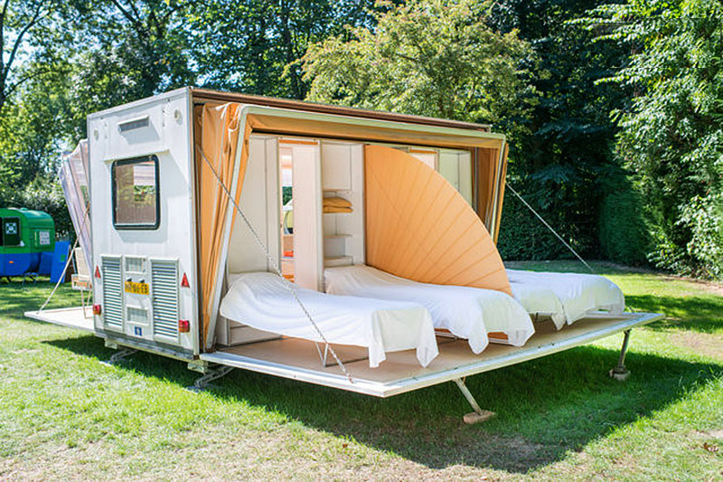 ucl-3-urbancamperbedroom